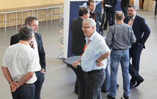 Informationsaustausch zwischen den eEvolution Konferenz Gästen