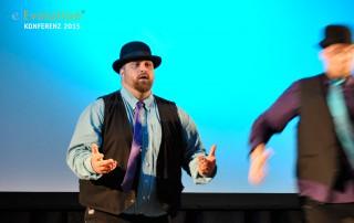 Die Tänzer boten gute Unterhaltung auf der eEvolution Konferenz 2015