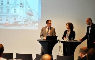 Andre Hörnlein mit einem Vortrag auf der eEvolution Konferenz 2014