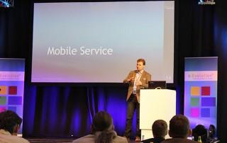 """Ein Vortrag mit dem Thema """"Mobile Service"""" auf der eEvolution Konferenz 2014"""
